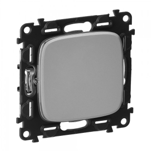 Механизм выключателя 1-кл. СП Valena Allure 10АХ 250В с лицевой панелью; безвинтовые зажимы алюм. Leg 752901