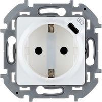 Механизм розетки 1-м СП Inspiria 16А IP20 250В 2P+E немецк. стандарт со встроен. зарядным устройством USB C 1.5А 5В бел